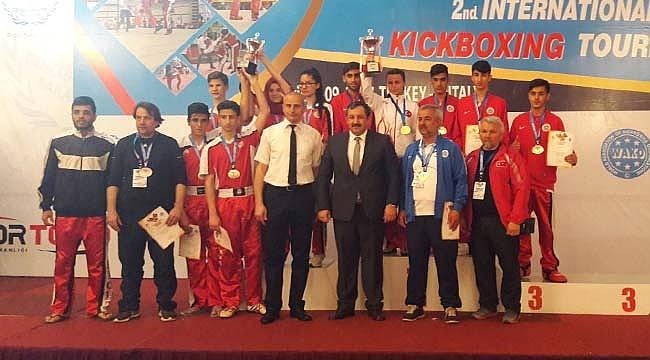 Malatya Büyükşehir Kickboks Takımından Başarı