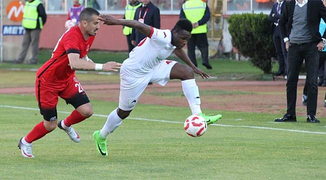Samsun'da 4 gol oldu ama kazanan olmadı