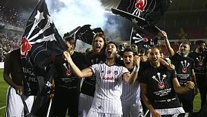 Beşiktaş üst üste ikinci kez şampiyon