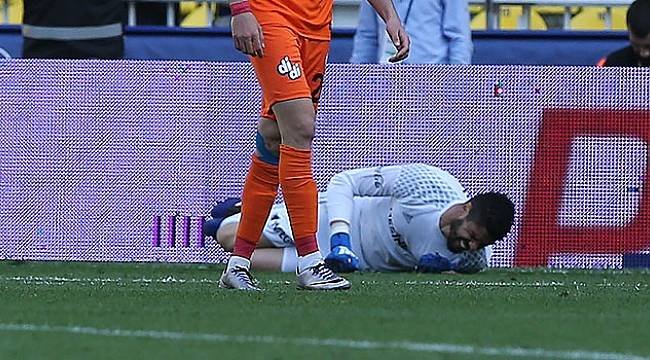 Fenerbahçe'de büyük şok! Çapraz bağı koptu