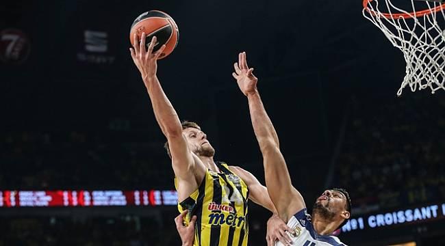 Fenerbahçe Real Madrid'i yenerek Finale Kaldı