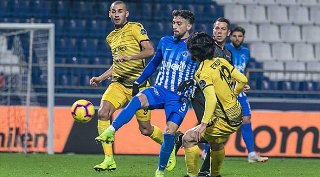 Yeni Malatyaspor Kasımpaşadan 3 Yedi