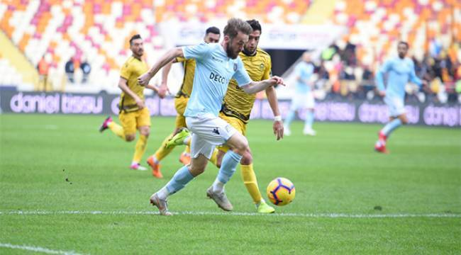 Yeni Malatyaspor Başakşehir'e Mağlup Ettirildi