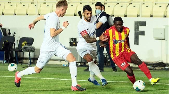 Yeni Malatyaspor Kasımpaşa'ya maçı ikram etti