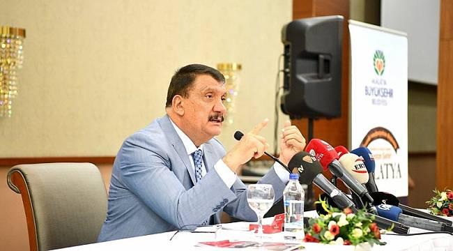 Başkan Gürkan Adil Gevrek'in İstifasını İstedi