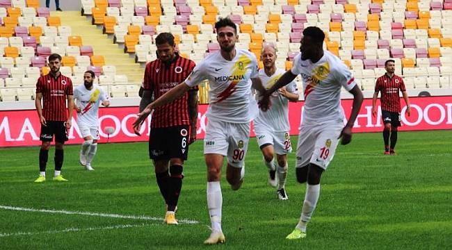 Yeni Malatyaspor'da Takım İskeleti Oturuyor