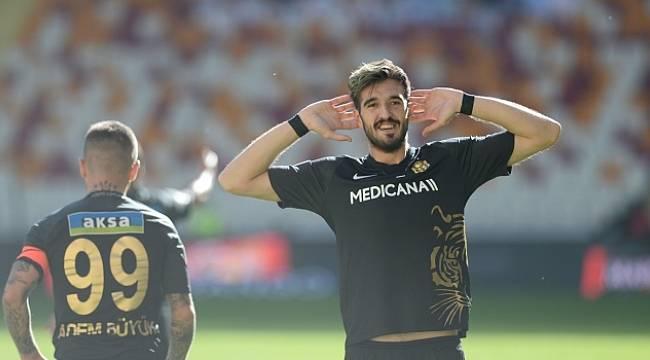 Yeni Malatyaspor Denizli'yi 2 Golle Geçti