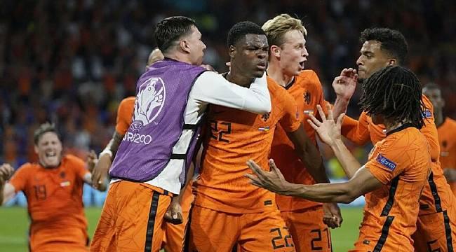 Hollanda Zorlansa da Yıkılmadı 3-2